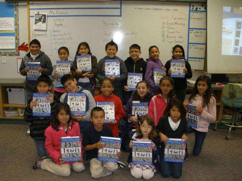 Dictionaries given to 3rd graders of Santa Rosa
