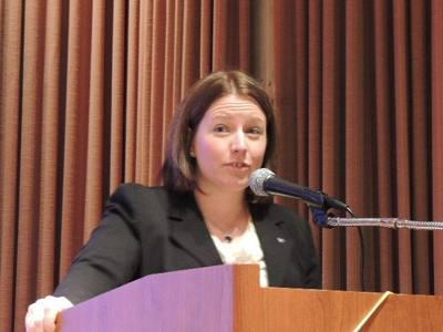Elizabeth Karbousky gives her Craft Talk