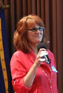 Speaker Thea Daniels