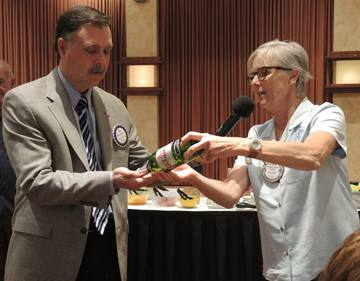 Bill Hatcher tries his luck with Kathleen Archer