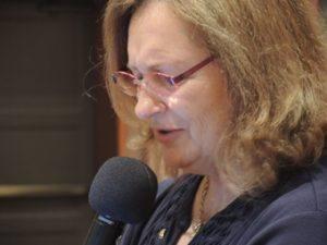 Cathy Vicini tells the joke of the week
